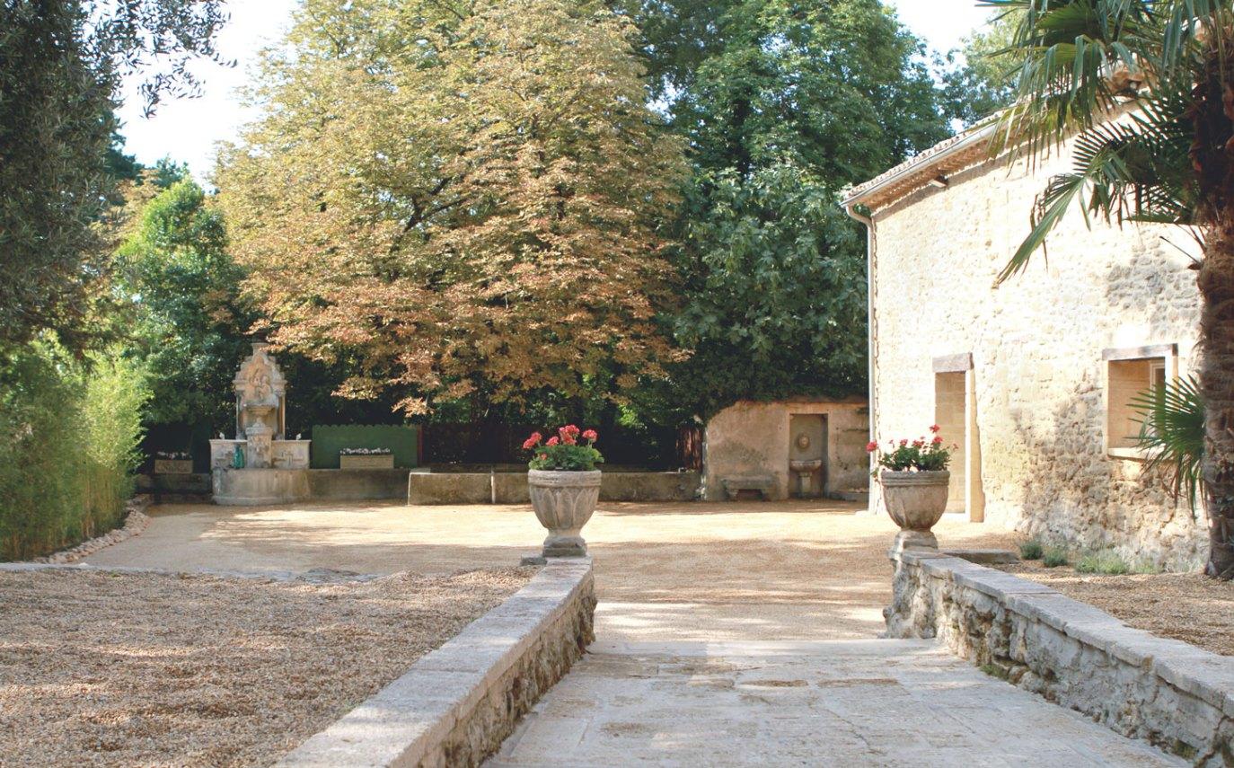 Cour intérieure Abbaye du Grand Gigognan